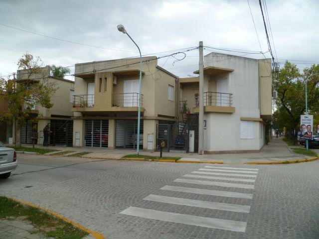 Buenos Aires 400 - Gaggiotti Inmobiliaria cuenta con más de 50 años desde que se inicio en el negocio de los servicios inmobiliarios.