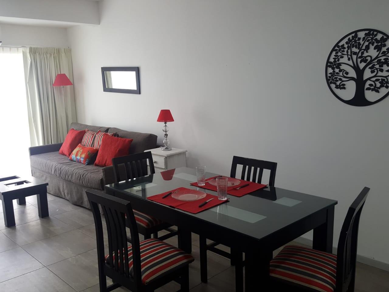 FotoDepartamento en Alquiler temporario |  en  San Cristobal ,  Capital Federal  Combate de los Pozos  al 1000