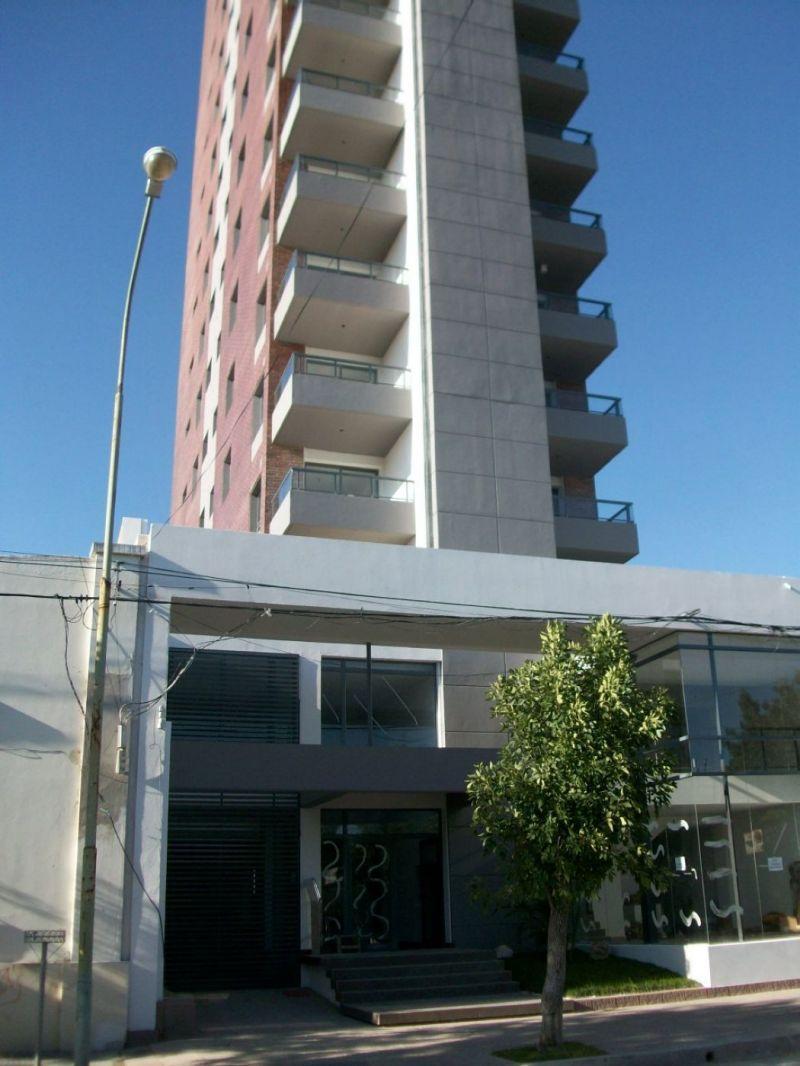 Av. Mitre 600 Piso 6º (Torre Piemonte) - Gaggiotti Inmobiliaria cuenta con más de 50 años desde que se inicio en el negocio de los servicios inmobiliarios.
