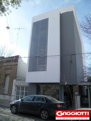 Lamadrid 152 (4to piso contrafrente) - Gaggiotti Inmobiliaria cuenta con más de 50 años desde que se inicio en el negocio de los servicios inmobiliarios.