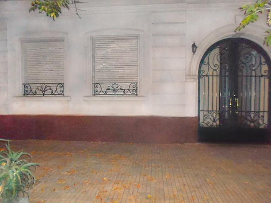 FotoCasa en Venta |  en  La Plata ,  G.B.A. Zona Sur  8 Nº al 1400
