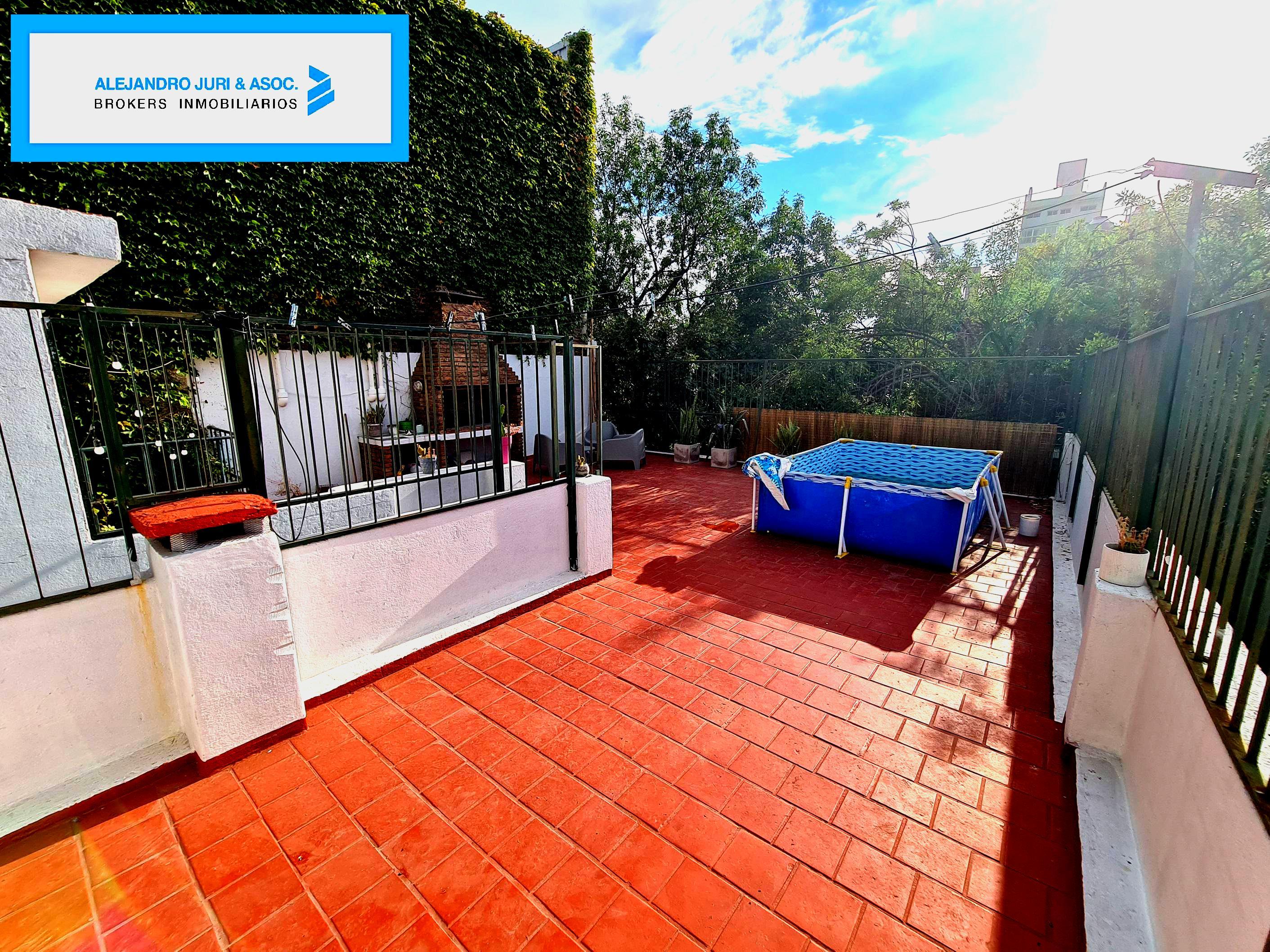 FotoCasa en Venta |  en  Alberdi,  Rosario  Warnes 1123 - Casa 3 Dormitorios en Alberdi en Venta
