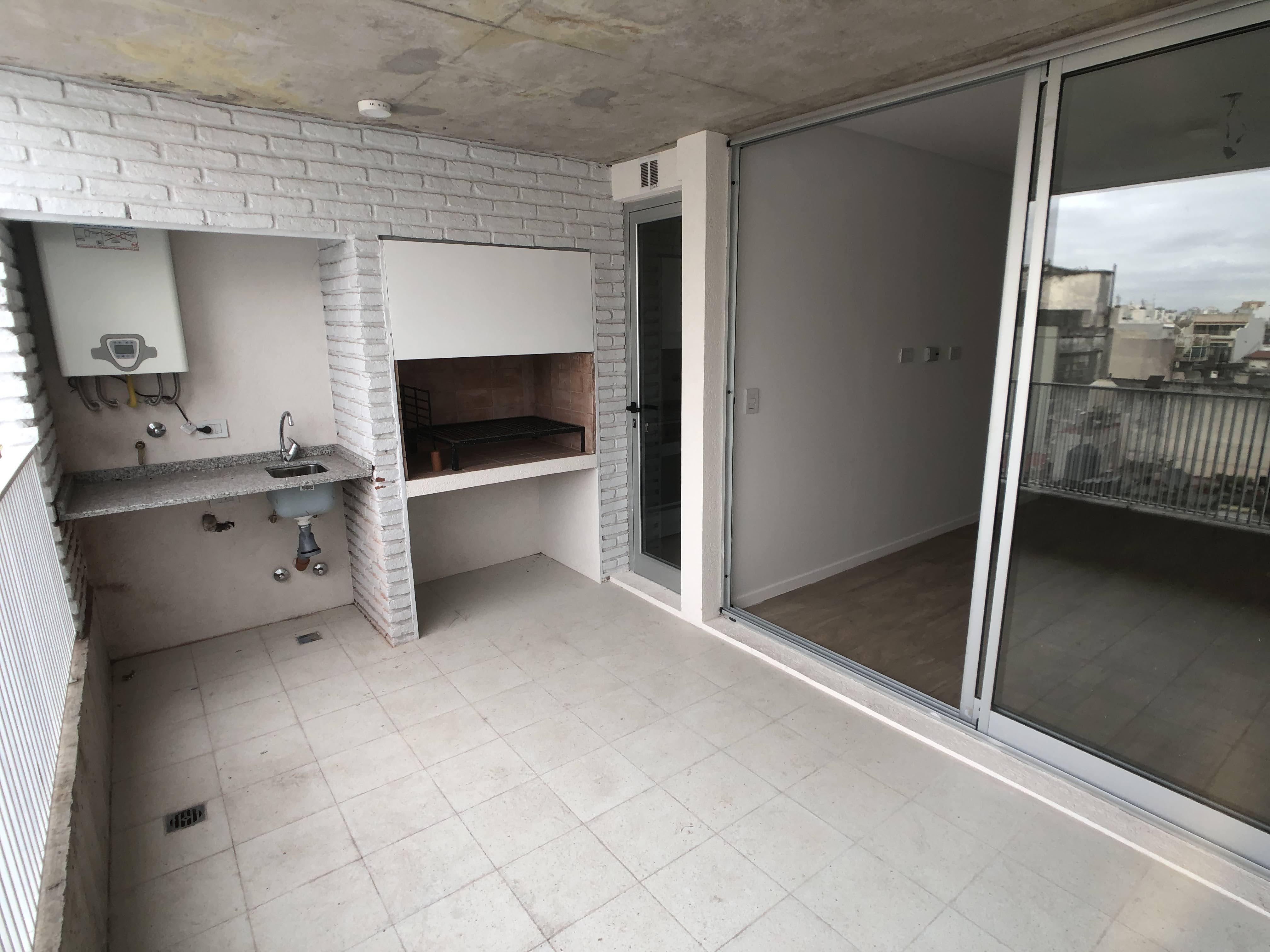 FotoDepartamento en Venta |  en  Chacarita ,  Capital Federal  Concepción Arenal al 3500  4 B