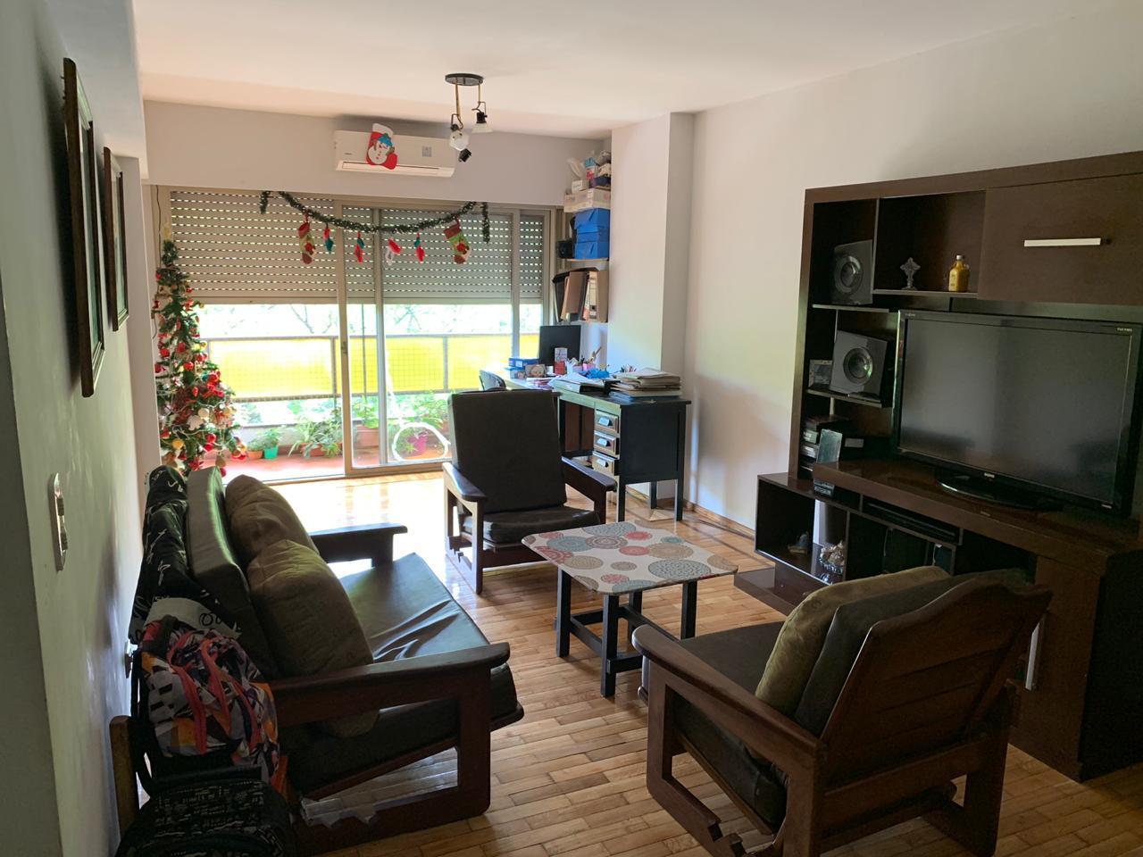 FotoDepartamento en Venta |  en  Centro,  Rosario  A.v. Pellegrini al 500