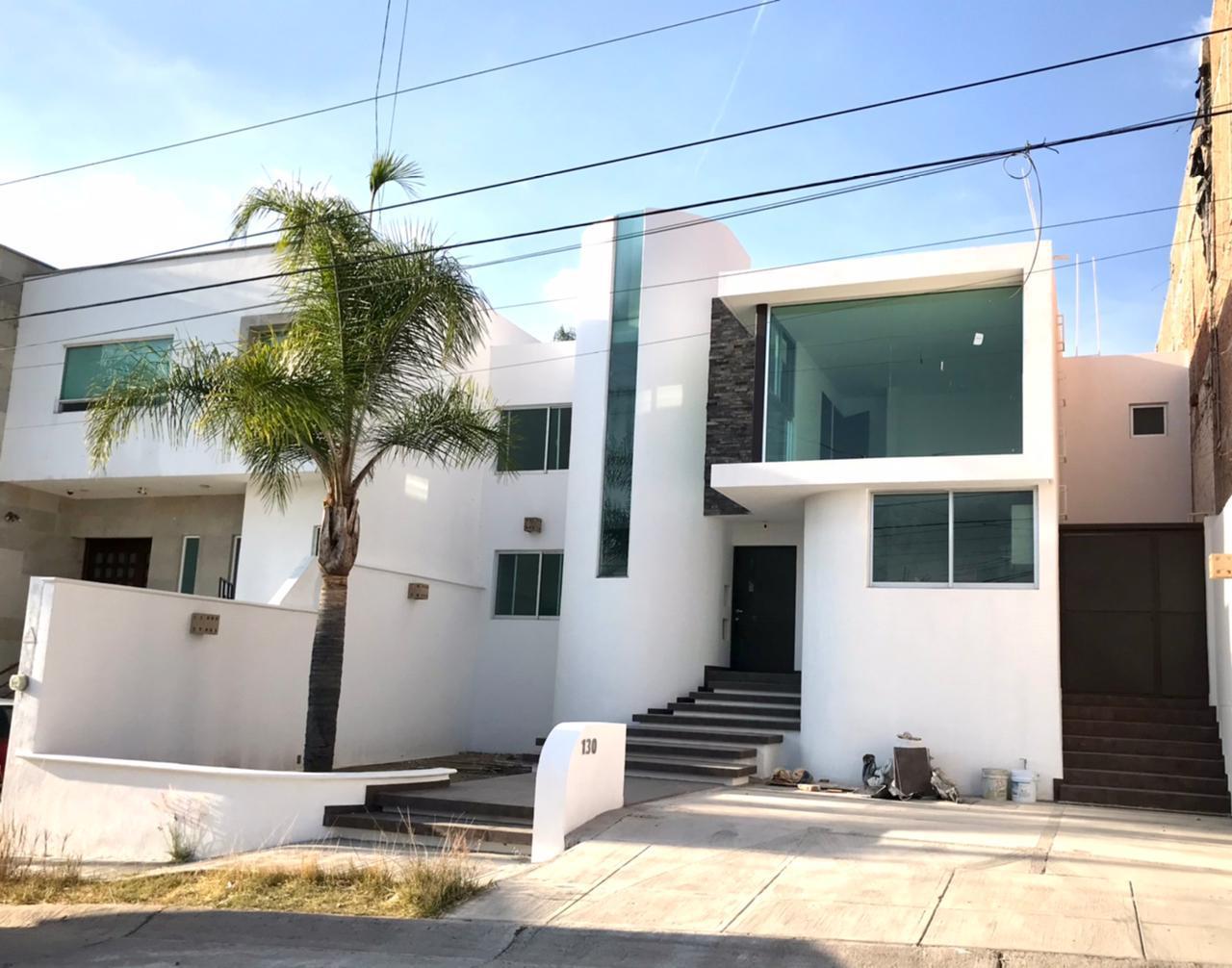 FotoCasa en Venta |  en  Mirador de Gran Jardín,  León  Casa remodelada en Mirador de Gran Jardin