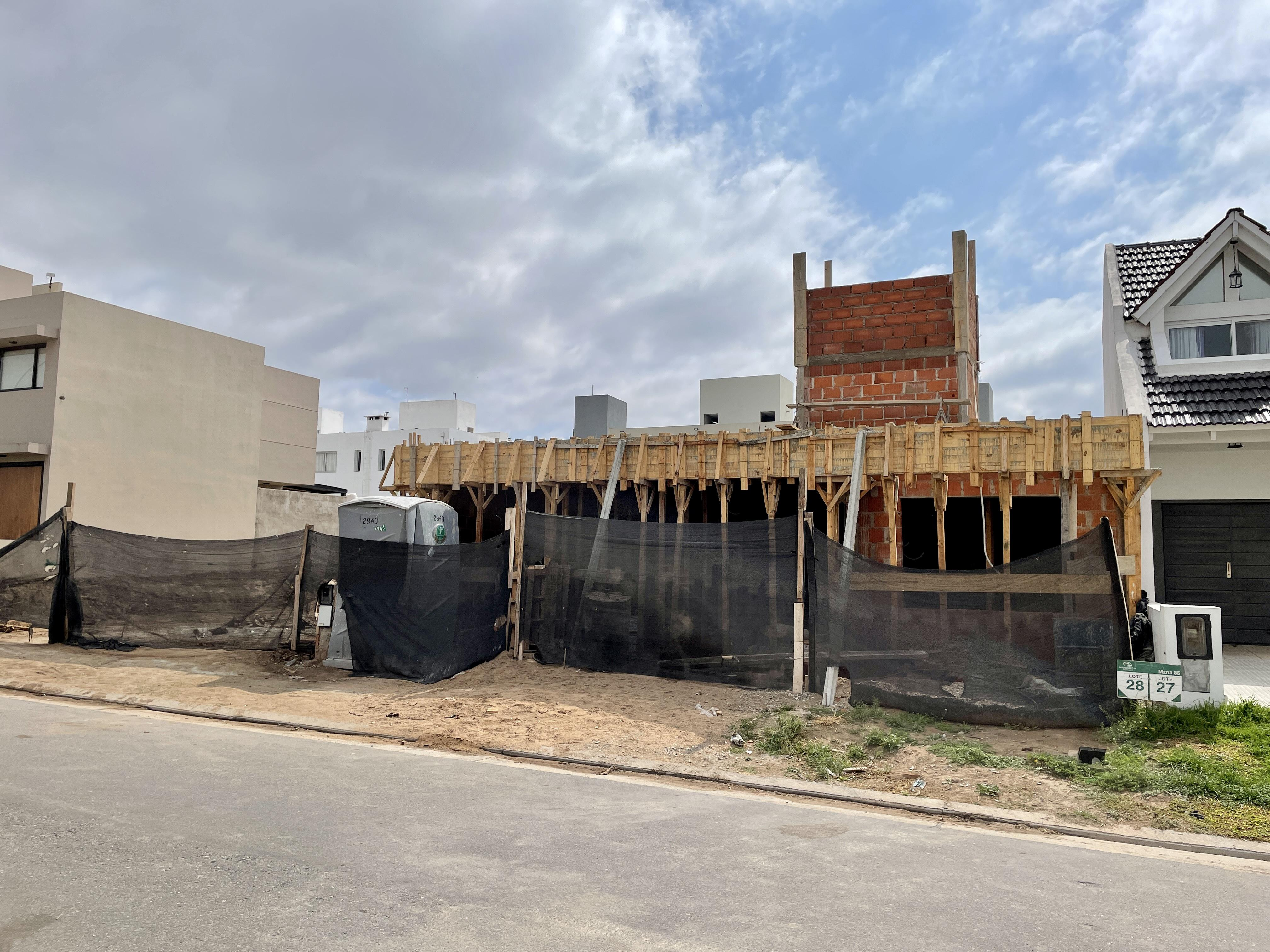 FotoCasa en Venta |  en  Miradores de Manantiales,  Cordoba Capital  Casa 3 dormitorios Miradores de Manantiales, Cordoba