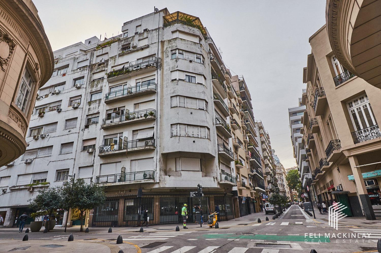 FotoDepartamento en Venta |  en  Retiro,  Centro (Capital Federal)  ESMERALDA 1000, 5º - RETIRO (EDIFICIO RACIONALISTA)