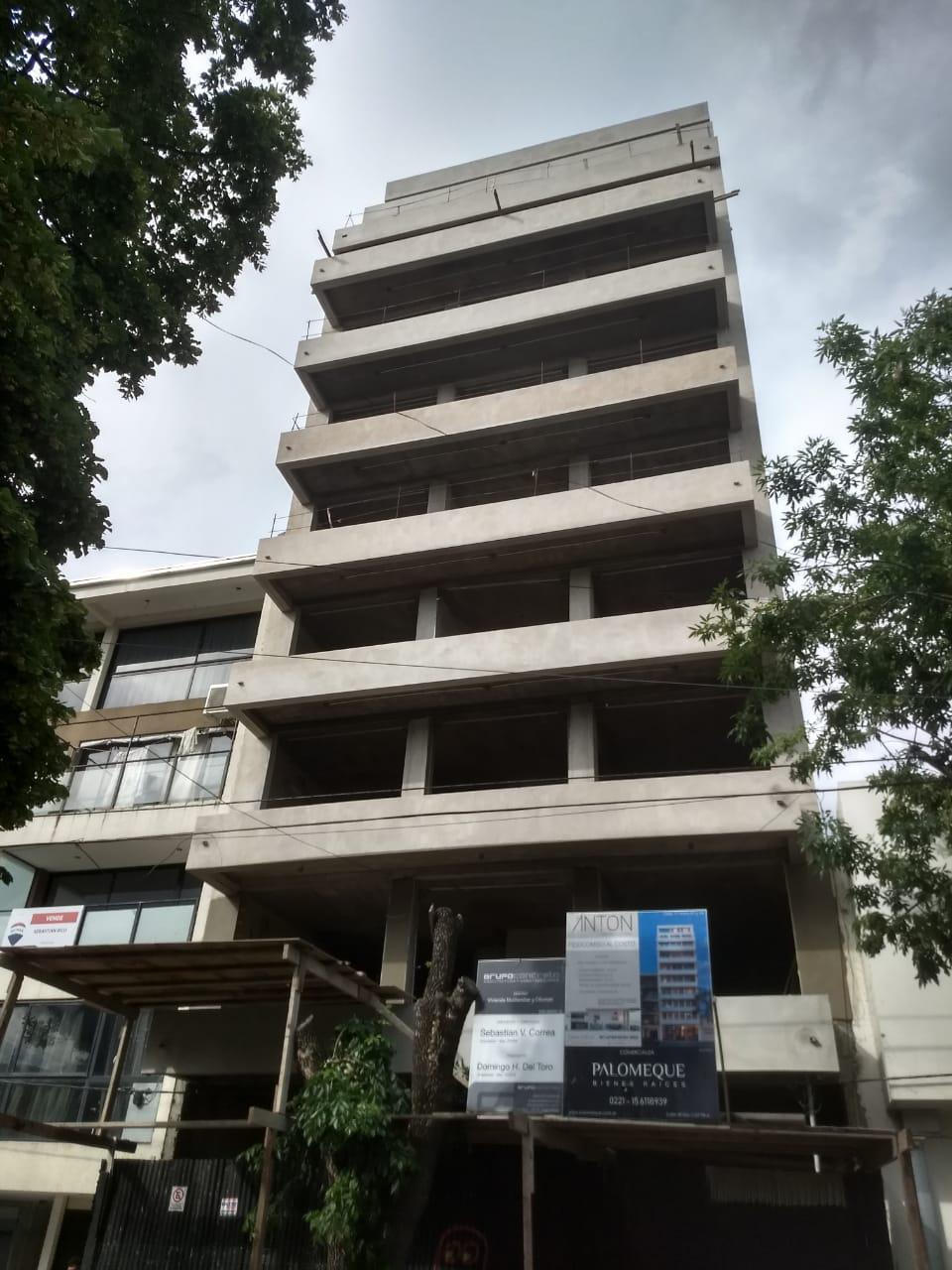 FotoDepartamento en Venta |  en  La Plata ,  G.B.A. Zona Sur  17 e/ 47 y 48
