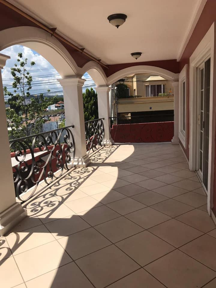 FotoCasa en Renta |  en  El Trapiche,  Tegucigalpa  Casa En Residencial El Trapiche Circuito Cerrado Tegucigalpa