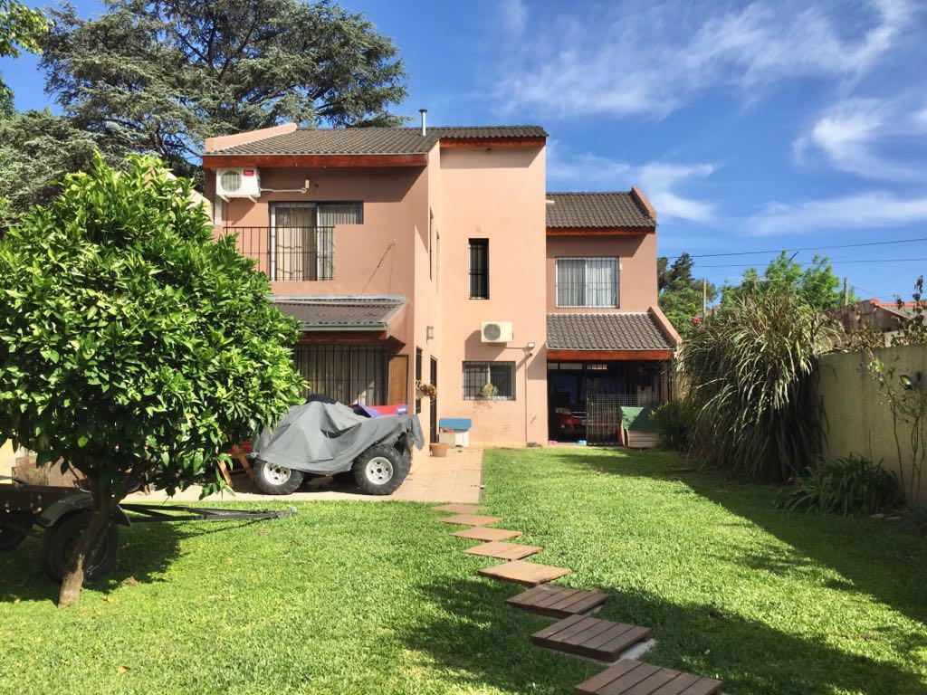 Foto Casa en Venta |  en  Don Torcuato,  Tigre  Gral.  Alvear al 1500
