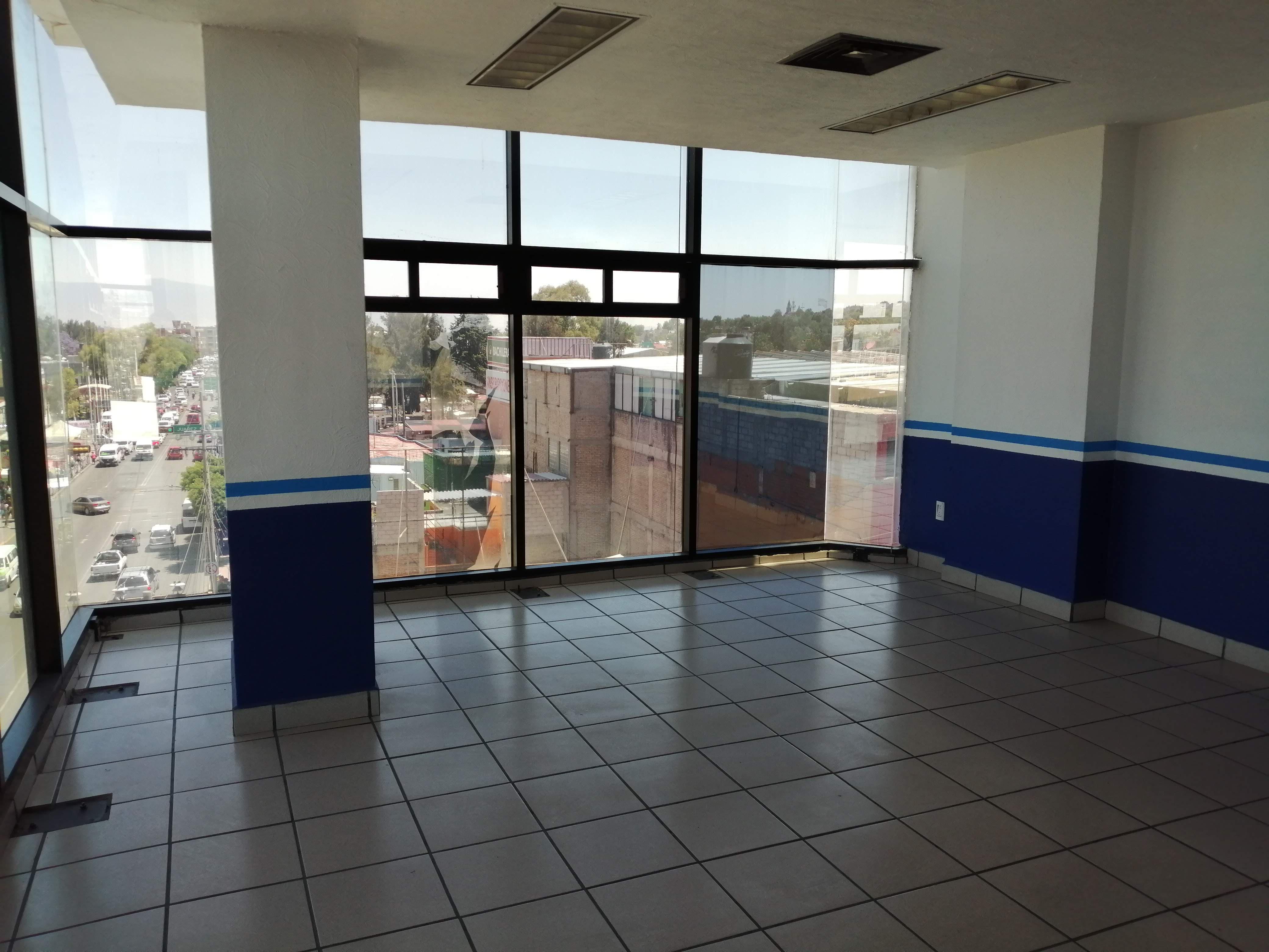 FotoLocal en Renta |  en  La Mora,  Ecatepec de Morelos  EXCELENTE OPORTUNIDAD PARA OFICINA EN RENTA.