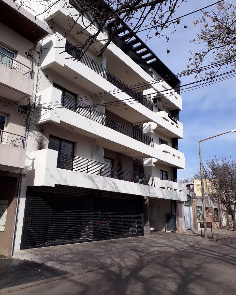 López 1160 2º Piso Dpto. B - Gaggiotti Inmobiliaria cuenta con más de 50 años desde que se inicio en el negocio de los servicios inmobiliarios.
