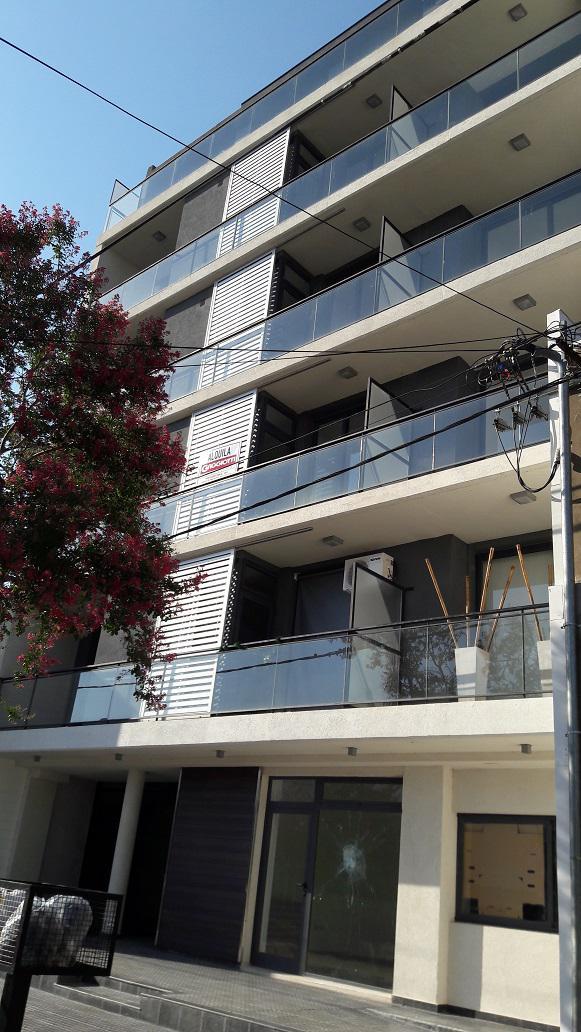 """Buenos Aires n°557 2° """"2"""" - Gaggiotti Inmobiliaria cuenta con más de 50 años desde que se inicio en el negocio de los servicios inmobiliarios."""
