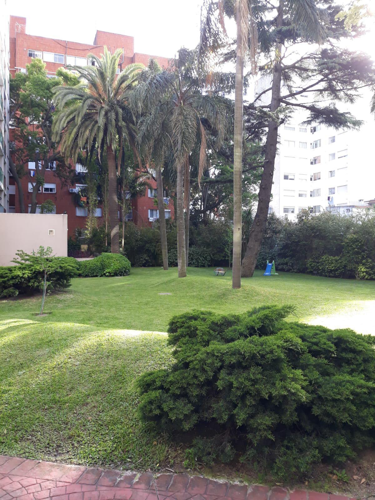 FotoDepartamento en Alquiler    en  Pocitos ,  Montevideo  Av Brasil y Berro - Torre Sabato-
