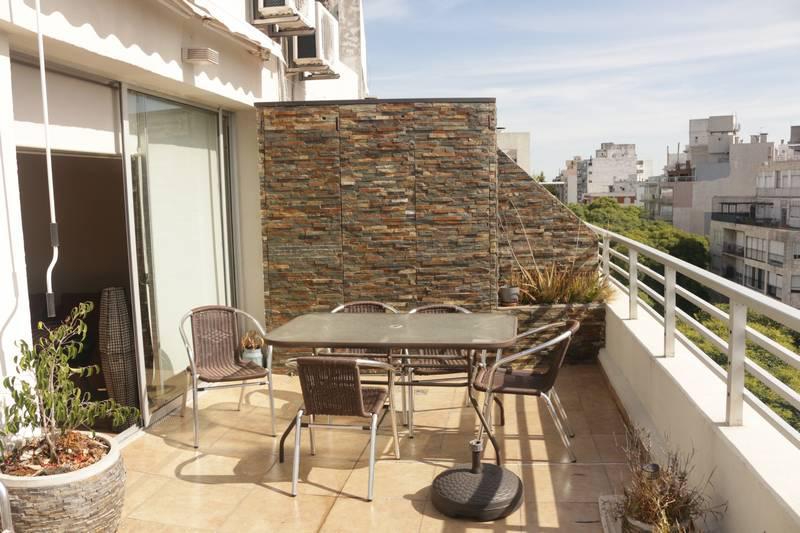 FotoDepartamento en Alquiler |  en  Pocitos ,  Montevideo  Ellauri al 700