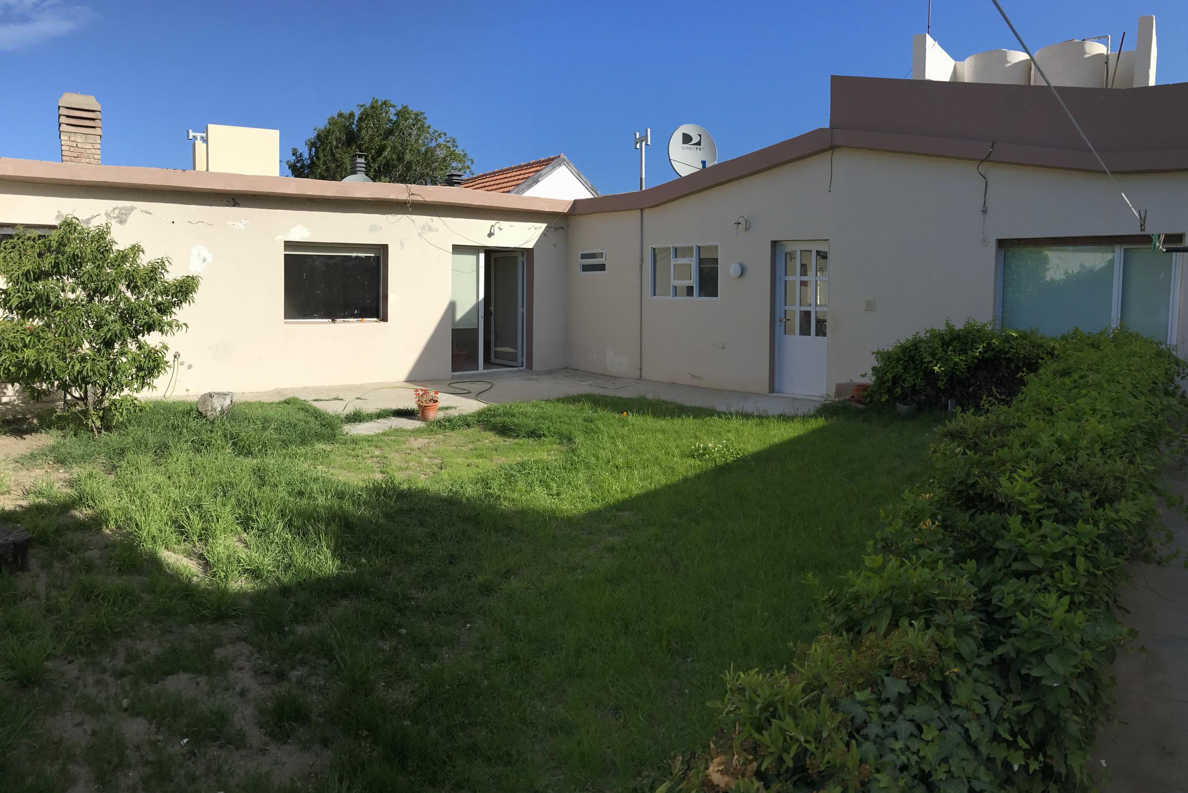 Foto Casa en Venta |  en  4 Avenida y resto,  Rada Tilly  Puerto Belgrano al 300