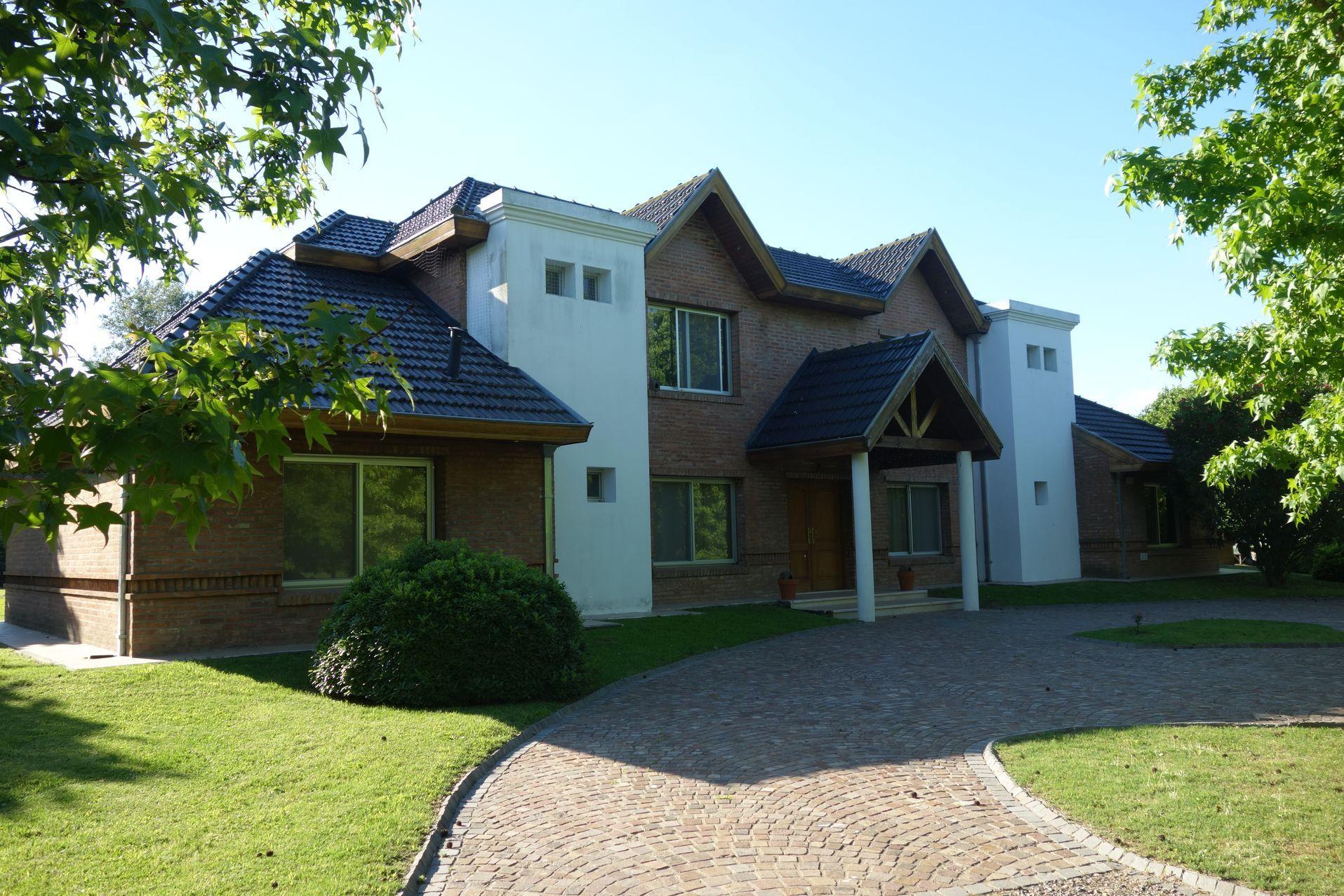 Foto Casa en Venta |  en  Chacras Open Door,  Countries/B.Cerrado  Chacras de Open Door, EXCELENTE PROPIEDAD