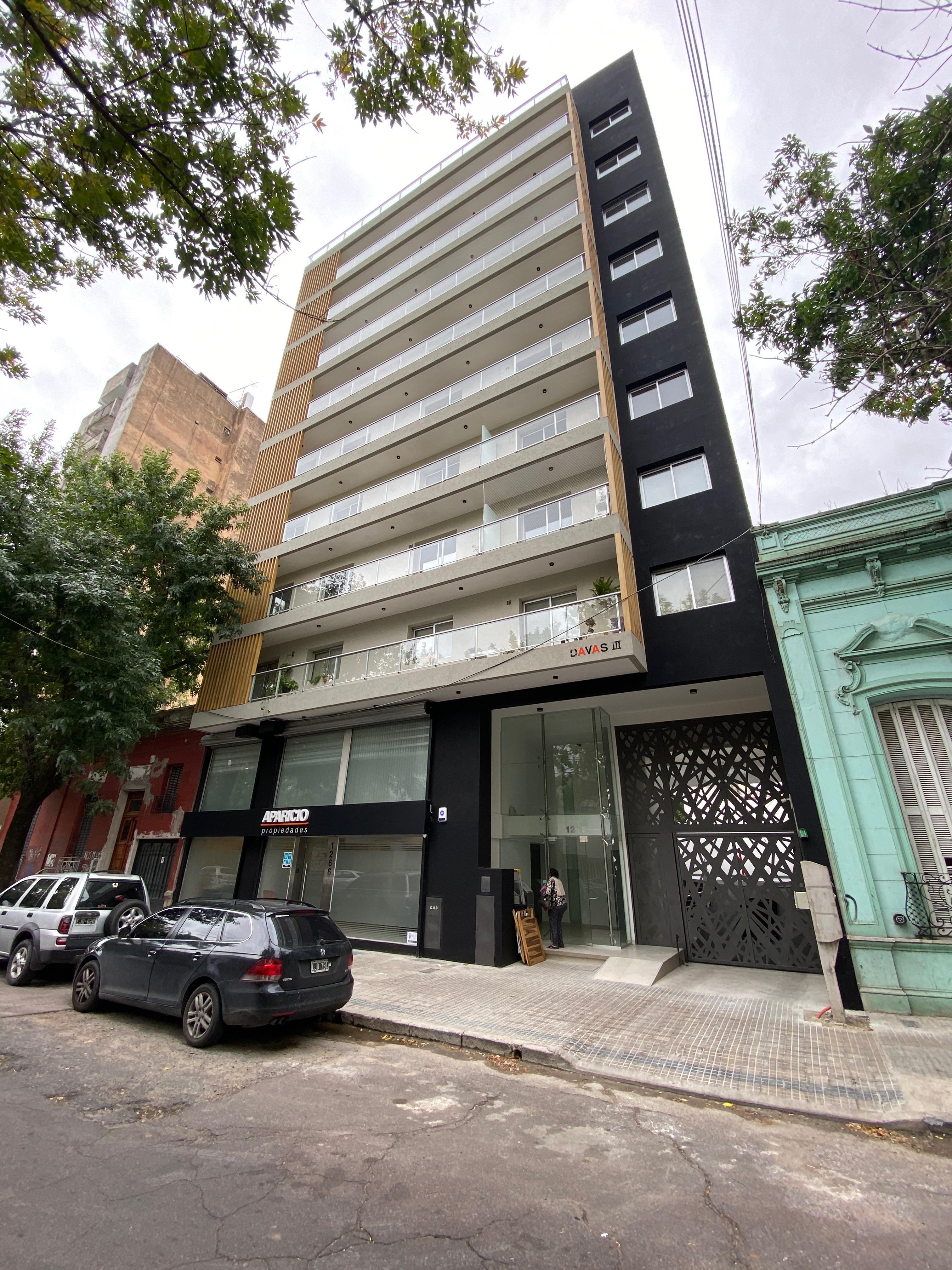 FotoDepartamento en Venta |  en  La Plata ,  G.B.A. Zona Sur  11 e/ 58 y 59