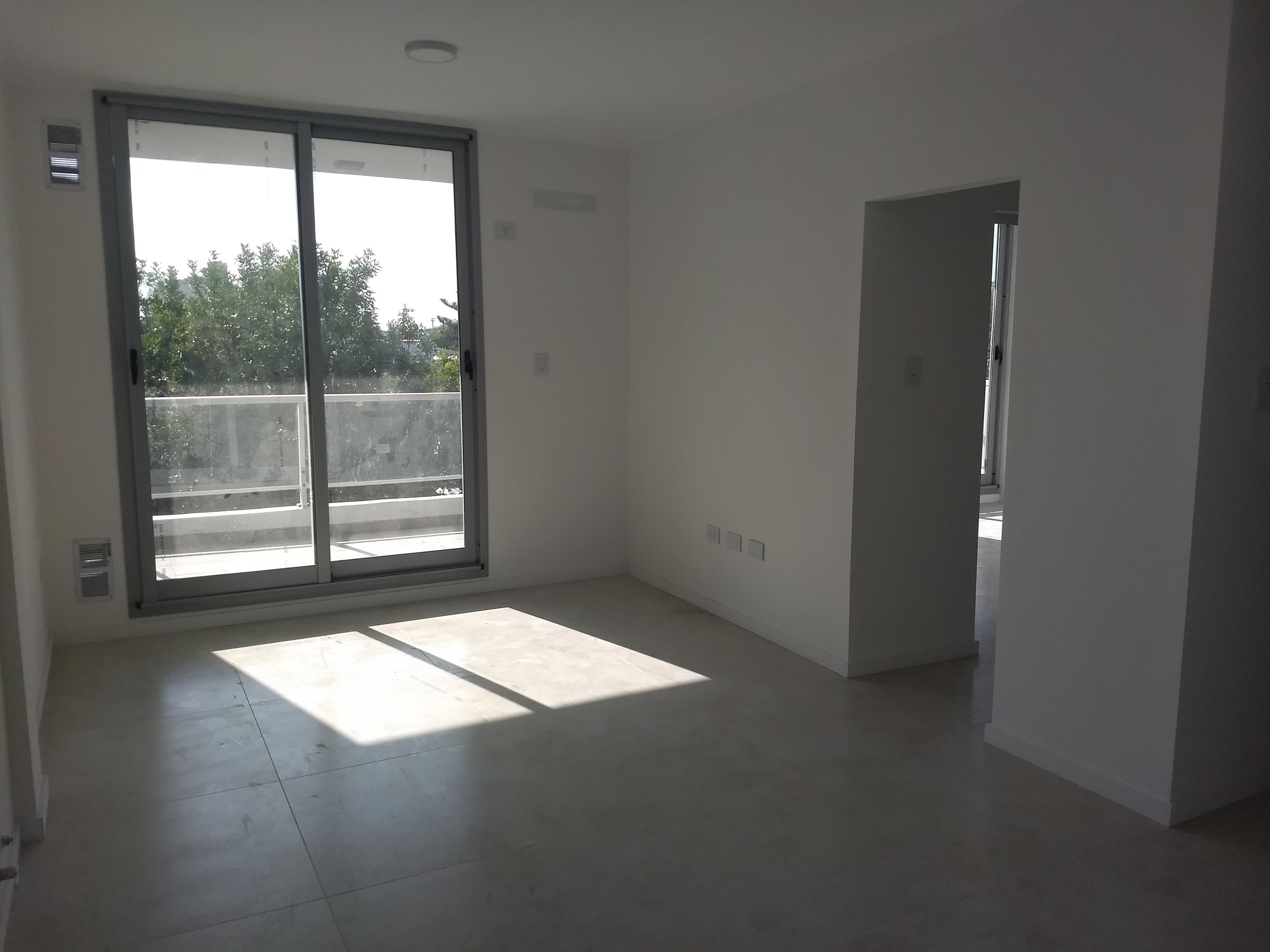 Maipú y Arenales 2º Dpto. 2 - Gaggiotti Inmobiliaria cuenta con más de 50 años desde que se inicio en el negocio de los servicios inmobiliarios.