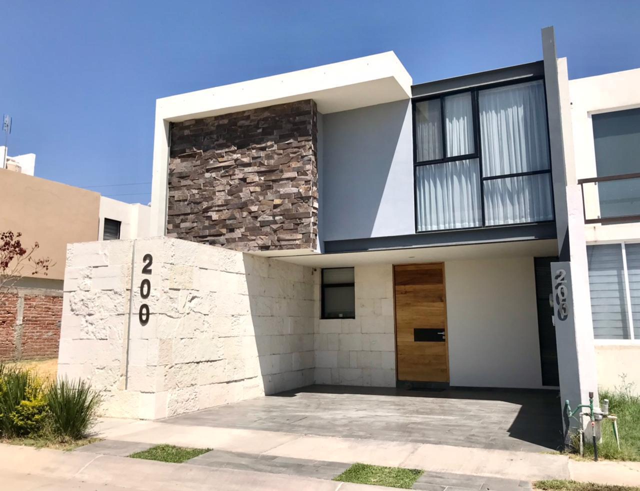 FotoCasa en Venta |  en  Residencial Sierra Nogal,  León  Casa en venta en Sierra Nogal
