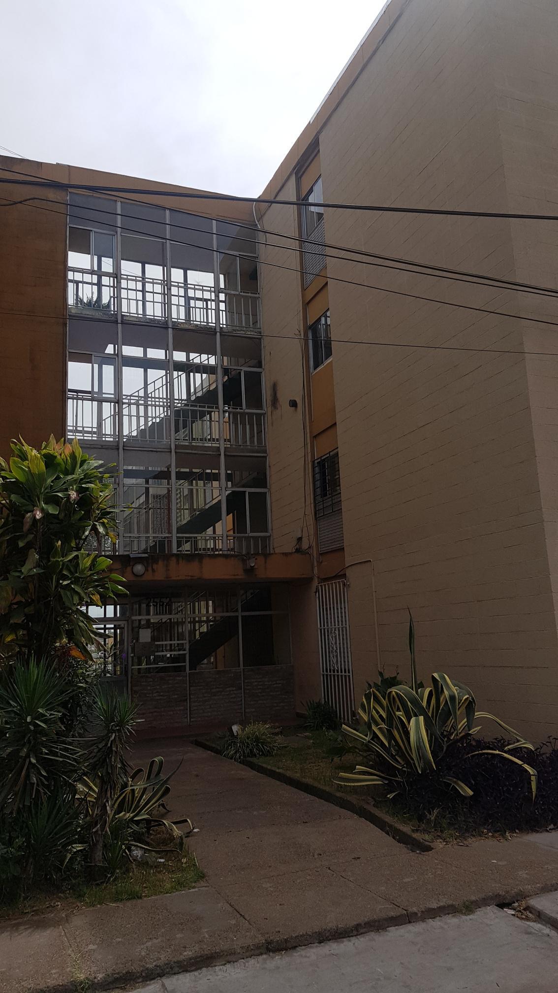 FotoDepartamento en Venta |  en  Barrio Rucci,  Rosario  Homero Manzi 2552 Piso 2 Dto. F monoblok 36/1