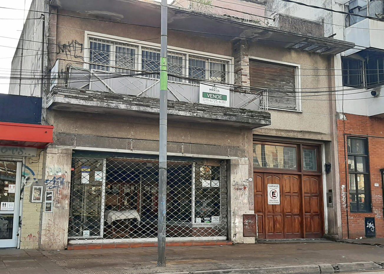 FotoLocal en Venta    en  Centro (Moreno),  Moreno  Local con departamento - Venta en Moreno centro - Comercial