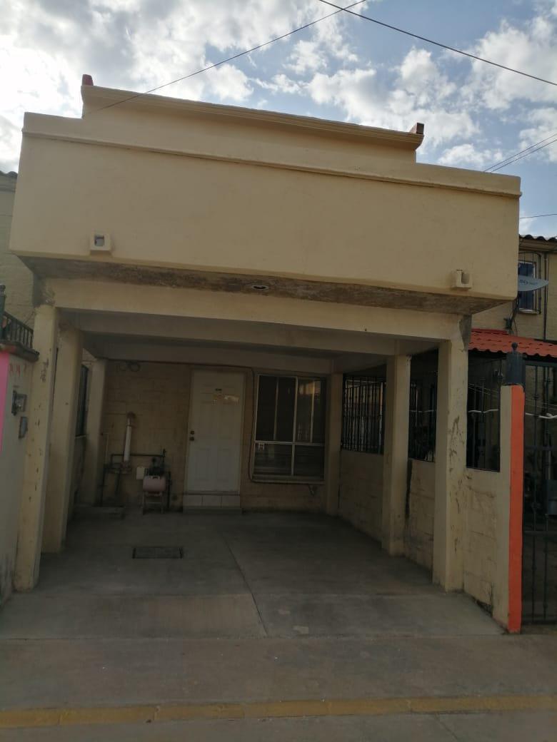 FotoCasa en Venta |  en  Fraccionamiento Laureles,  Santa Cruz Xoxocotlán  SE VENDE CASA EN FRAC. VILLAS LOS LAURELES, XOXO