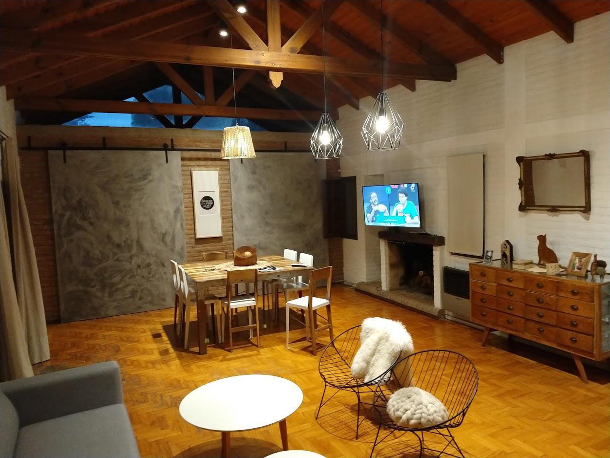 FotoCasa en Venta    en  Cordoba Capital ,  Cordoba      Casa de 3 dormitorios y 2 baños con Garage - B° Parque San Antonio