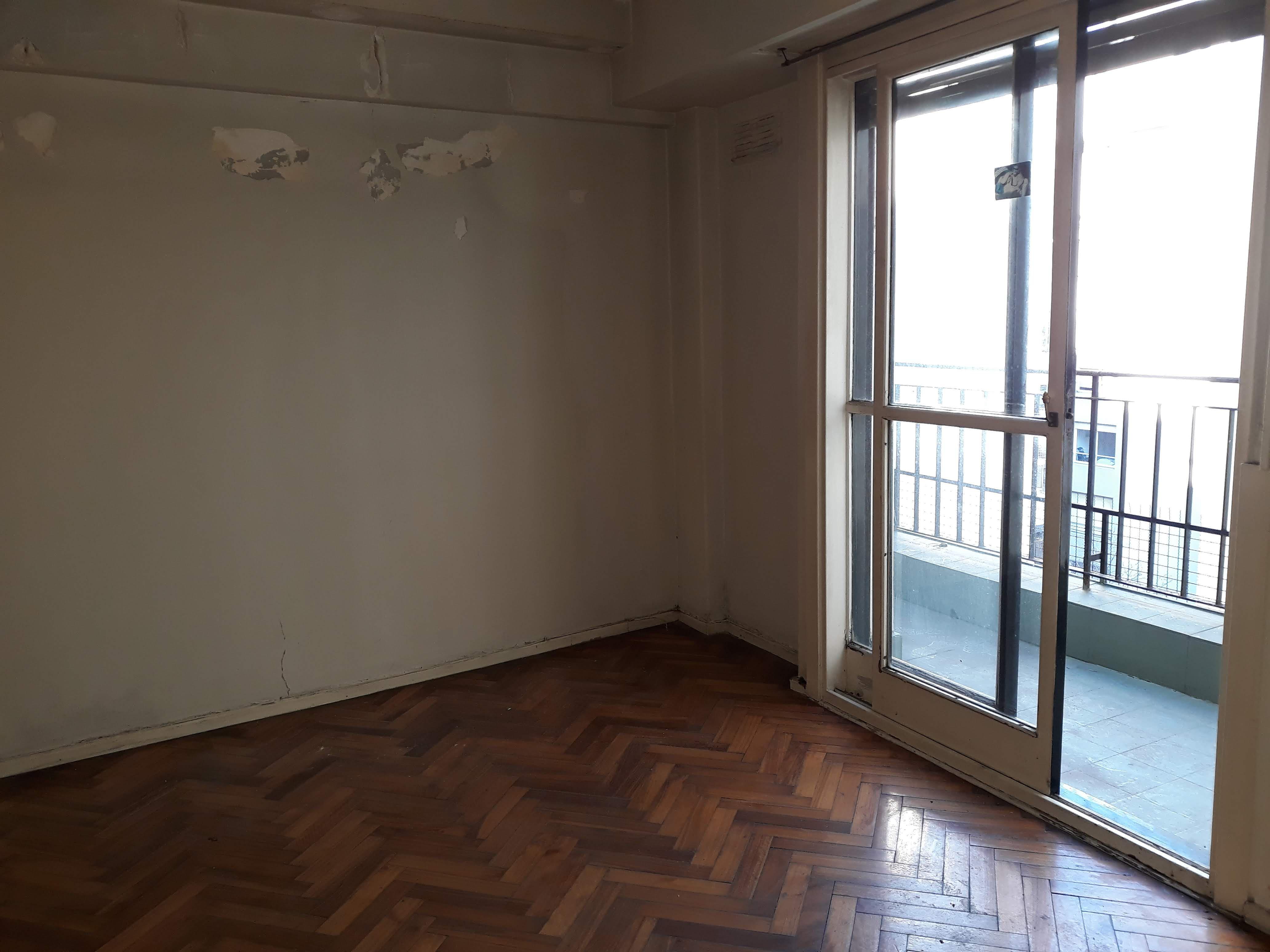 FotoDepartamento en Venta |  en  Almagro ,  Capital Federal  TTe Gral Perón 3500, P. 7°