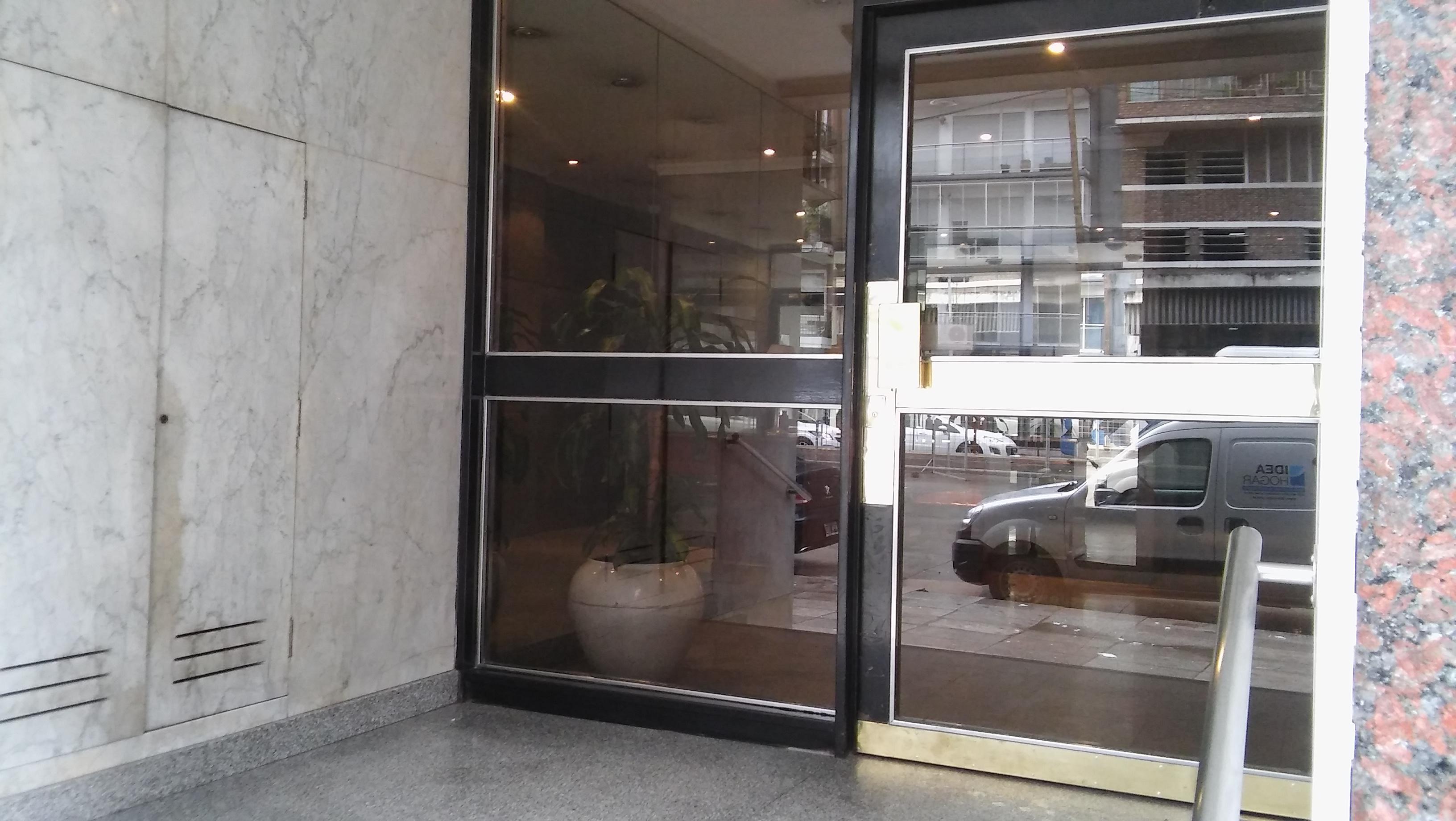 FotoDepartamento en Venta |  en  Colegiales ,  Capital Federal  Cabildo al 900