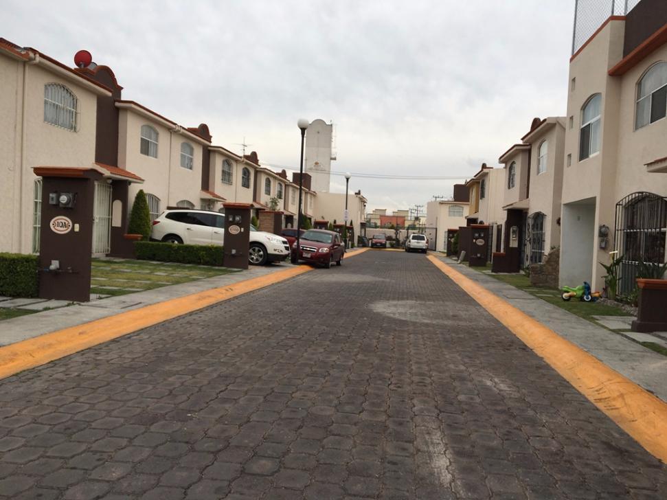 FotoCasa en condominio en Renta |  en  Santa María Totoltepec,  Toluca  Casa en Renta CABSH0520