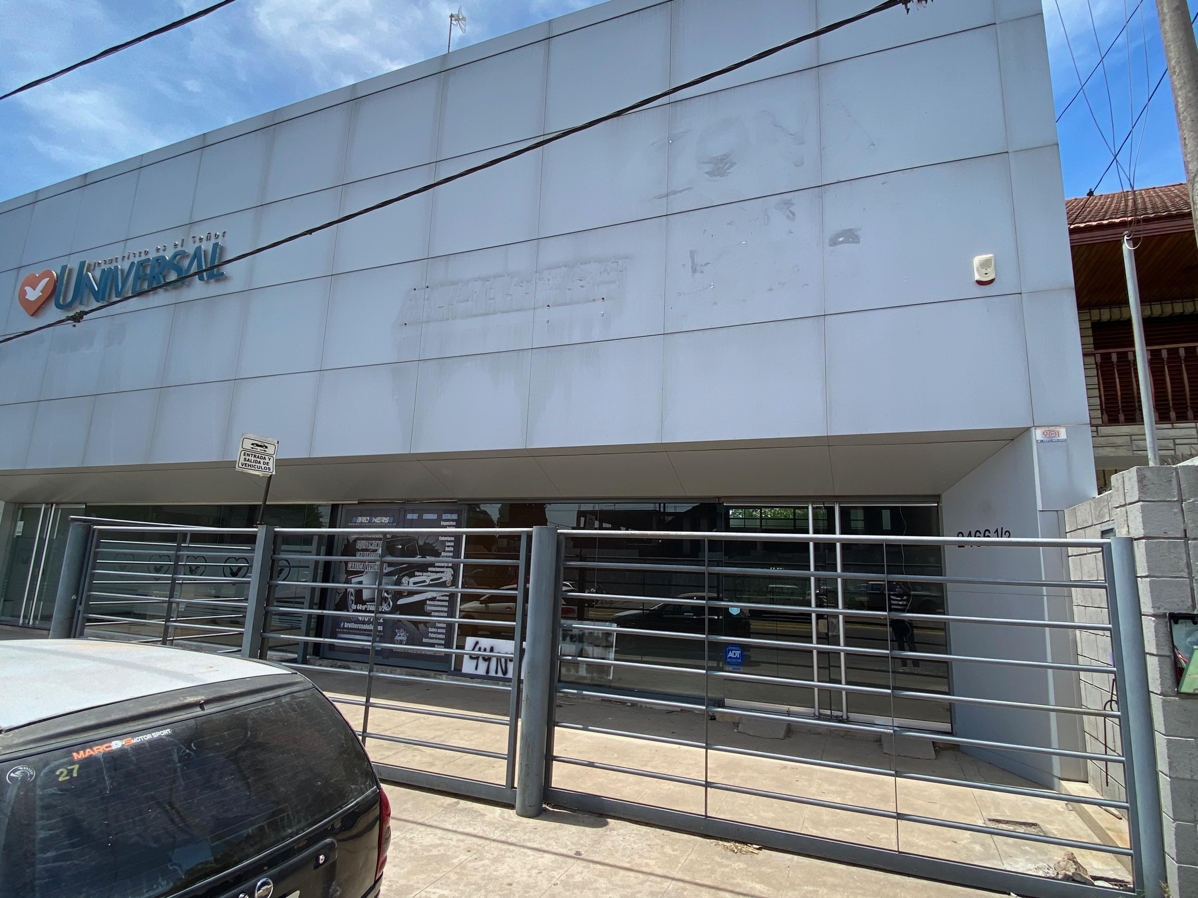 FotoLocal en Alquiler |  en  La Plata ,  G.B.A. Zona Sur  44 e/ 144 y 145