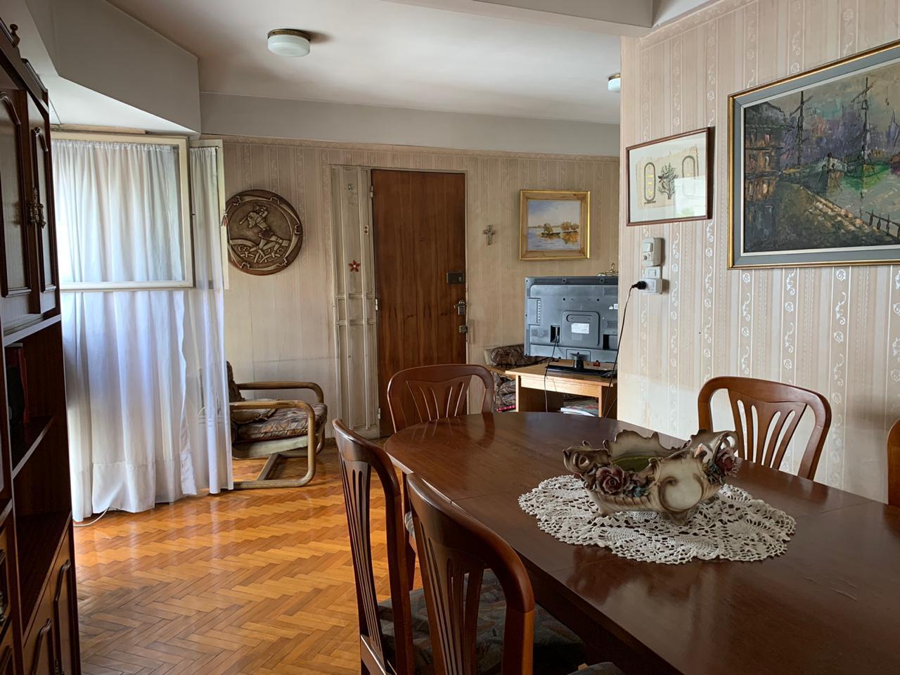 FotoDepartamento en Venta |  en  Centro,  Rosario  Moreno al 900