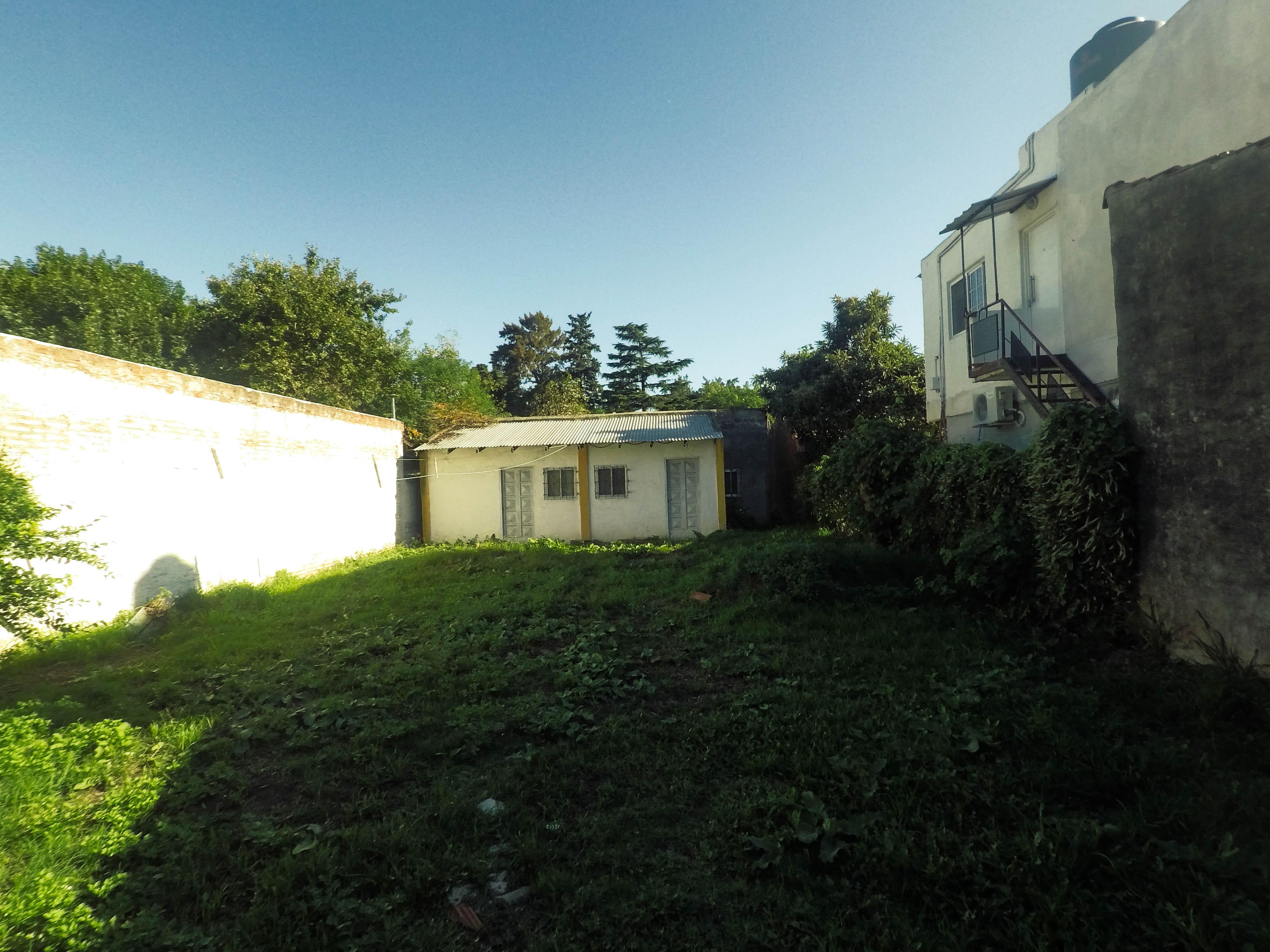 Foto Casa en Venta |  en  Los Polvorines,  Malvinas Argentinas  Velazquez al 2500