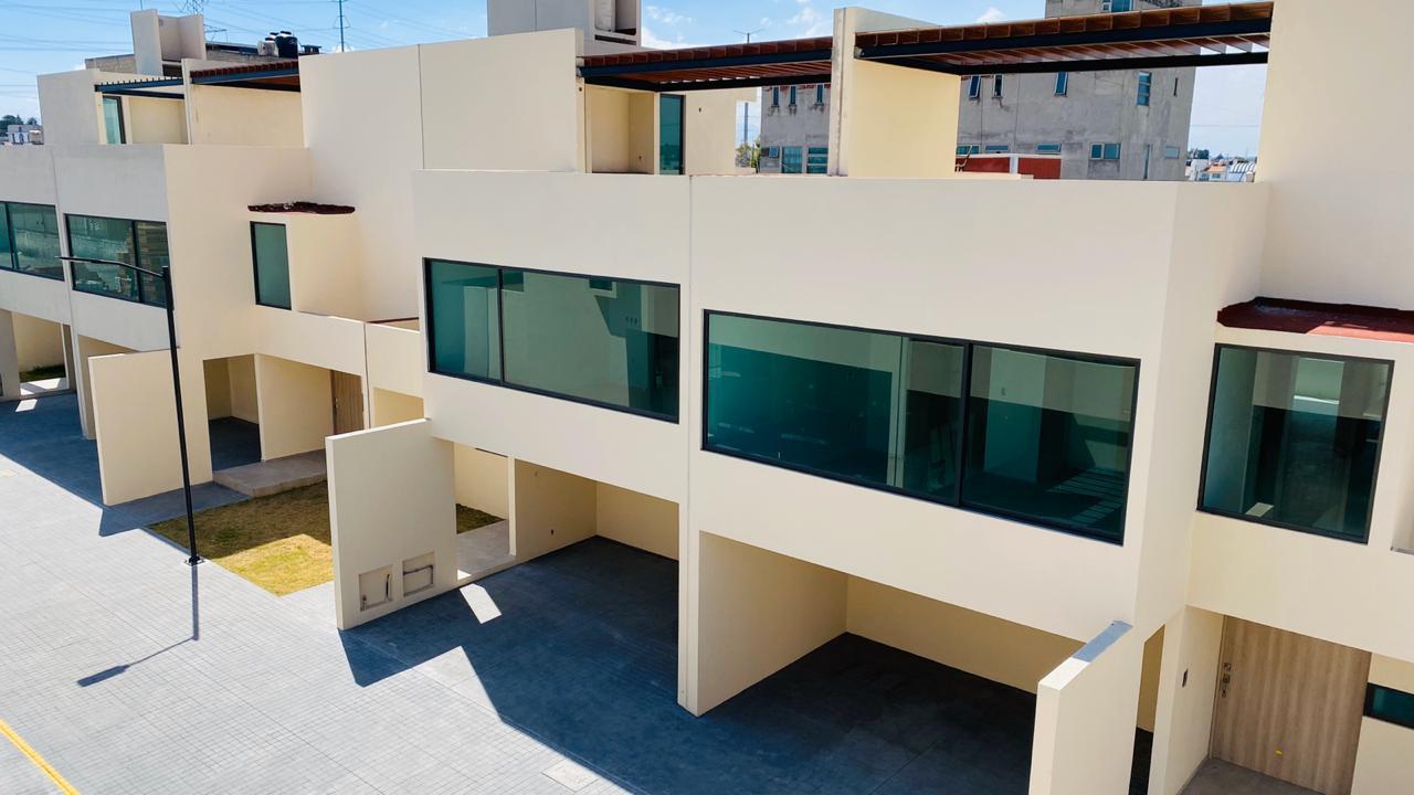 FotoCasa en condominio en Venta |  en  Santa Ana TlapaltitlAn,  Toluca  Casas Nuevas en Venta en Residencial Adara, Metepec