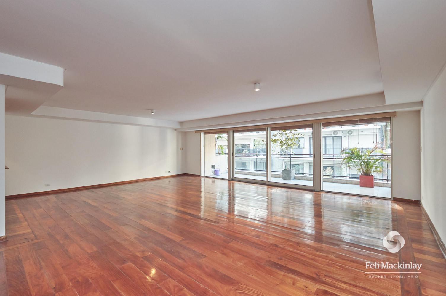 FotoDepartamento en Alquiler |  en  Recoleta ,  Capital Federal  QUINTANA 100, 6º