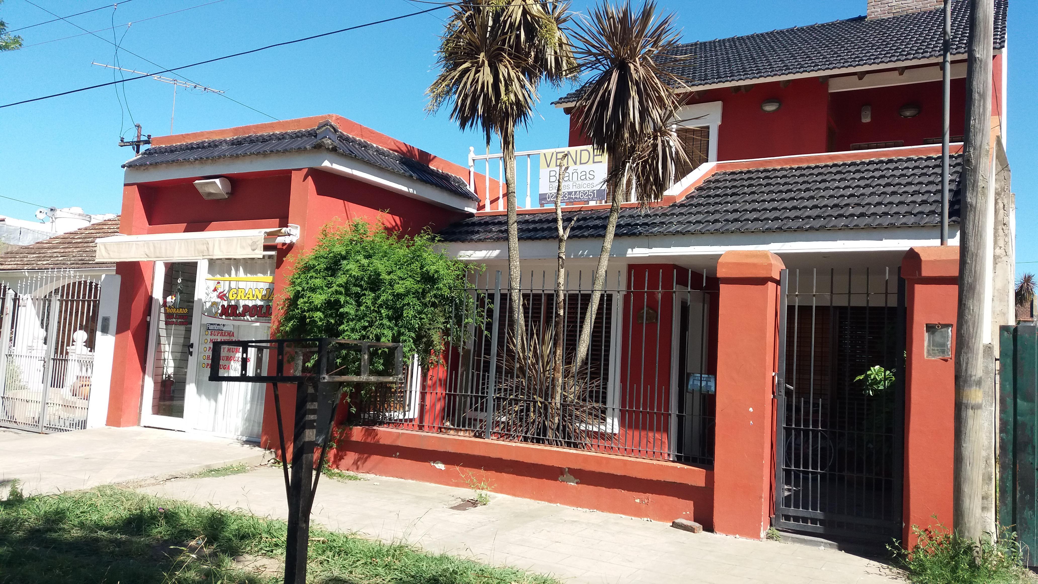 Foto Casa en Venta |  en  Coronel Brandsen,  Coronel Brandsen  Berutti al 500 entre Azcuenaga y Castelli