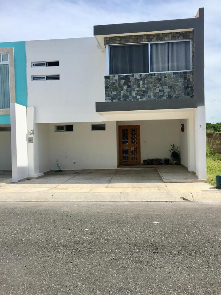 FotoCasa en Venta |  en  Alvarado ,  Veracruz  Casa En Venta en Veracruz Cerca Del Mar.