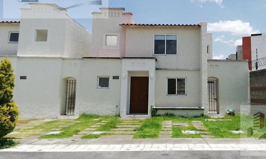 FotoCasa en condominio en Renta |  en  Llano Grande,  Metepec  Renta de casa en Residencial El Castaño 2 Metepec