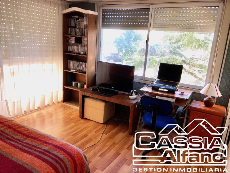 Foto Departamento en Venta en  Remedios De Escalada,  Lanus  HIPOLITO YRIGOYEN 6661