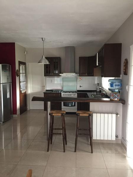 Foto Casa en Venta en  Francisco Alvarez,  Moreno  Agustina de Aragon al 4100
