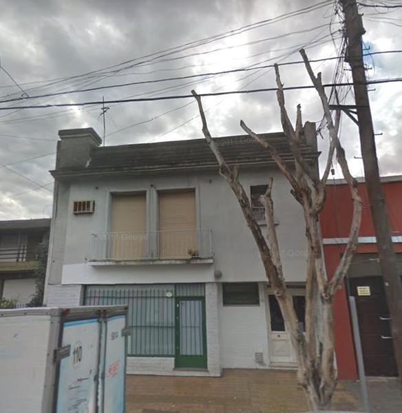 Foto PH en Venta en  Liniers ,  Capital Federal  Fragueiro al 300
