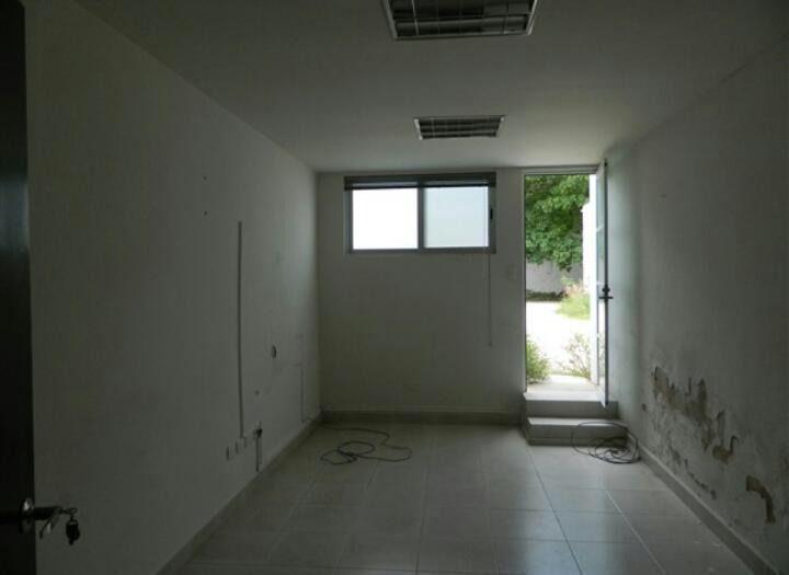 Foto Oficina en Renta en  Itzimna,  Mérida  Oficinas en renta en esquina en Mérida, con estacionamiento y bodegas