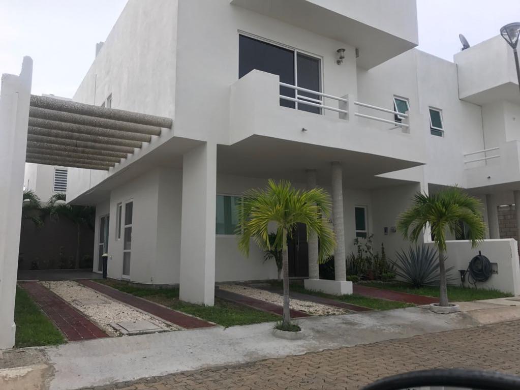 Foto Casa en Renta en  Carmen ,  Campeche  Casa en Las Palmas sin amueblar