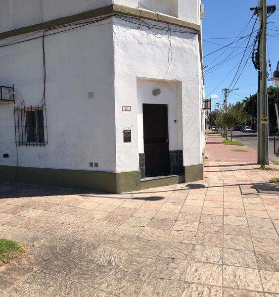 Foto PH en Alquiler en  San Fernando ,  G.B.A. Zona Norte  Larralde 801