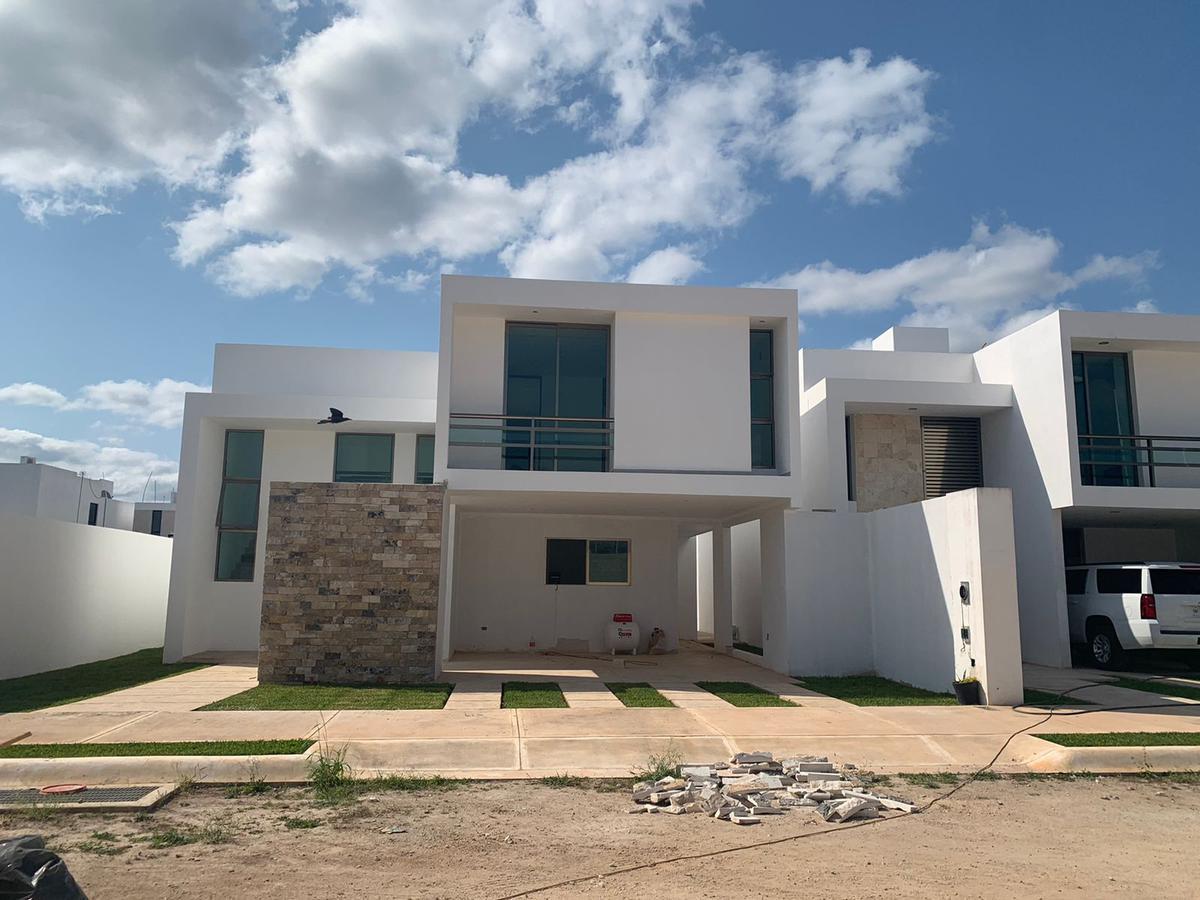 Foto Casa en Renta en  Pueblo Conkal,  Conkal  Casa en venta en Conkal- Mérida Yucatán- con seguridad