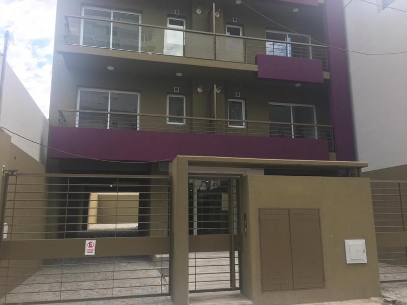 Foto Departamento en Venta en  San Miguel ,  G.B.A. Zona Norte  RODRIGUEZ PEÑA AL 900 - 2 AMBIENTES SEMIPISO  - EDIFICIO RP5
