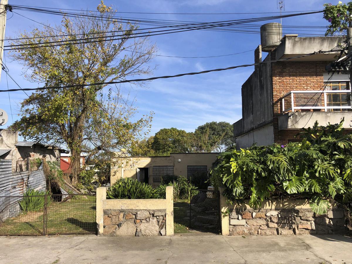 Foto Terreno en Venta en  Malvín ,  Montevideo  Samuel Blixen al 4200