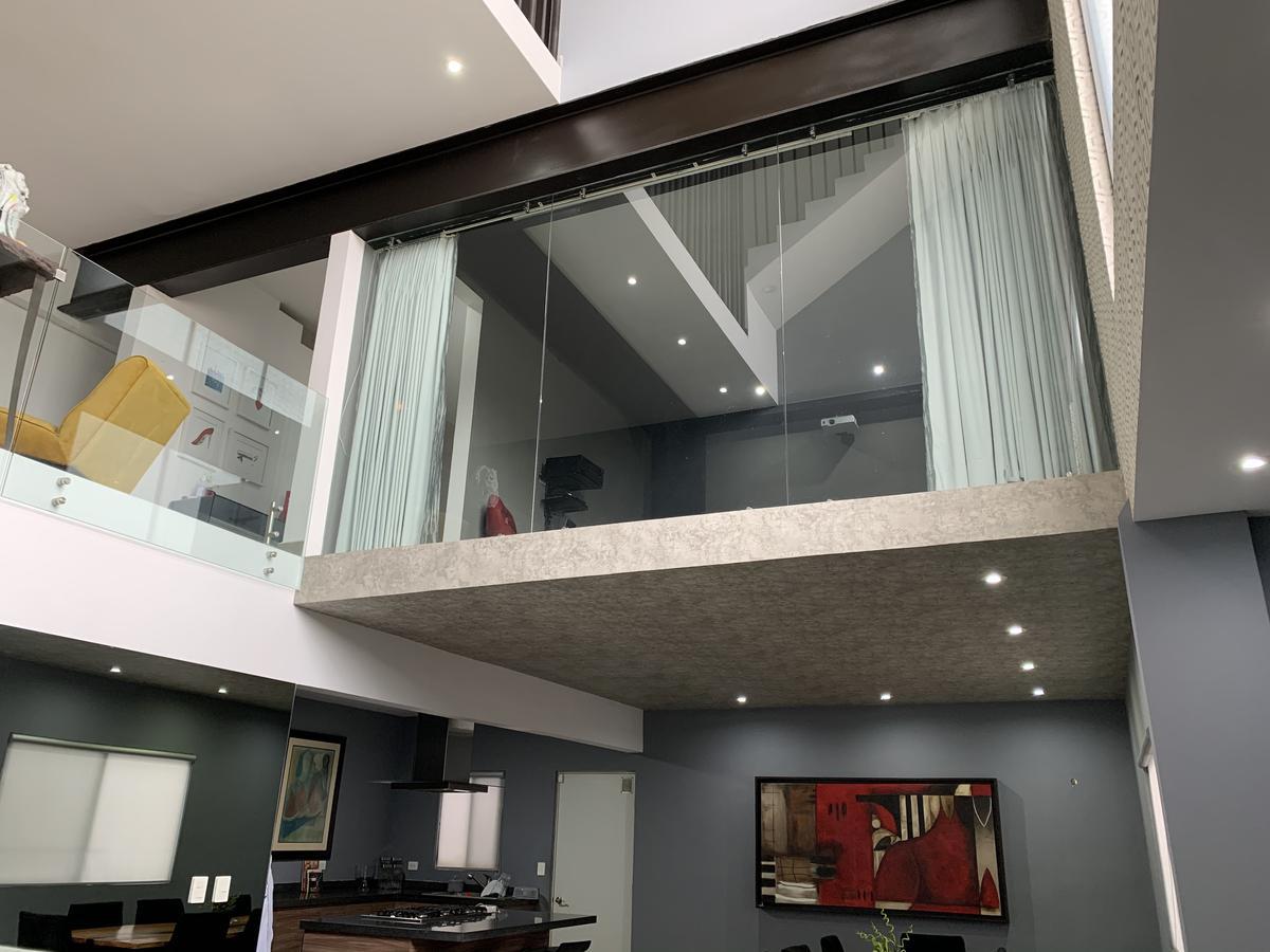 Foto Casa en Venta en  Cumbres MediterrAneo,  Monterrey  VENTA CASA CUMBRES  MONTERREY NUEVO LEÓN