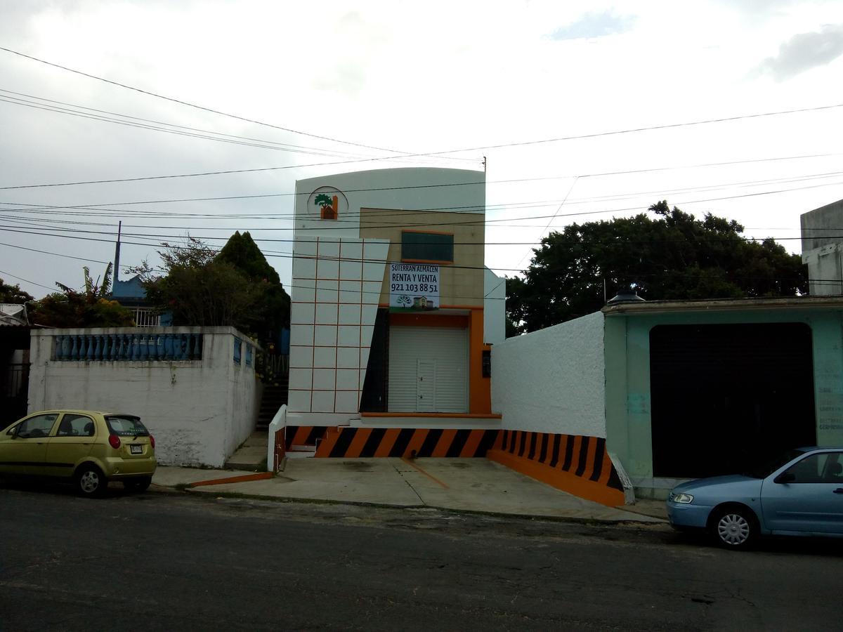 Foto Bodega Industrial en Venta en  Benito Juárez Sur,  Coatzacoalcos  Avenida Universidad Veracruzana No. 209, Colonia Benito Juárez Sur, Coatzacoalcos, Veracruz